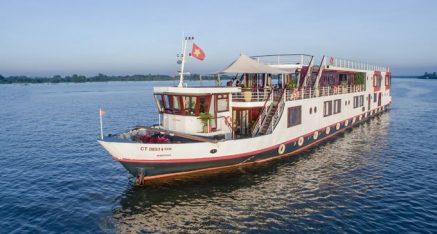 Hanoi to Angkor Cruise & Tour – 18 days